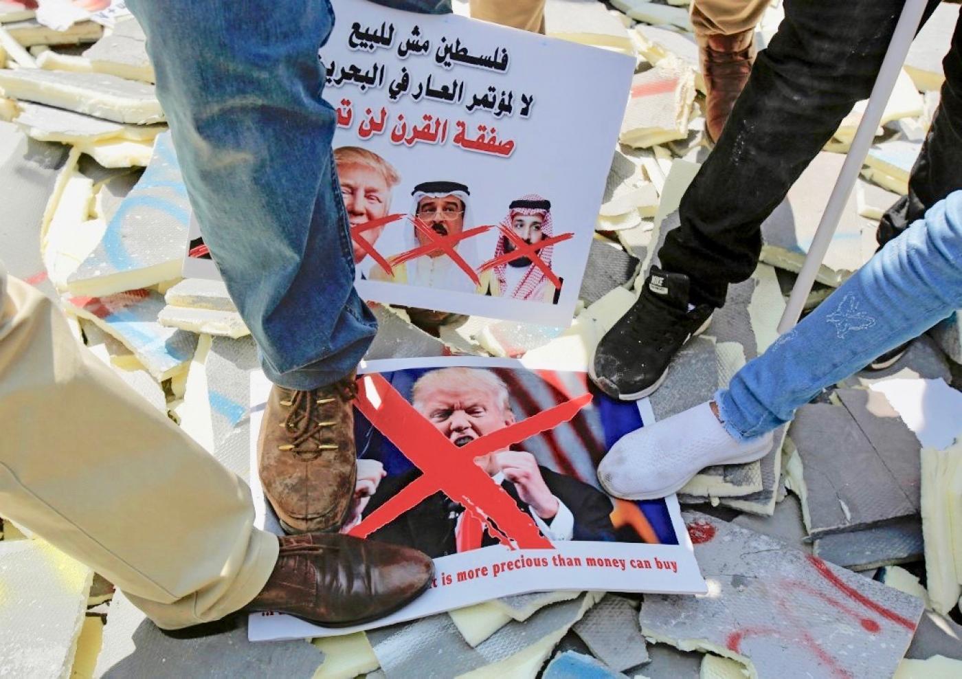 Palestinians strike