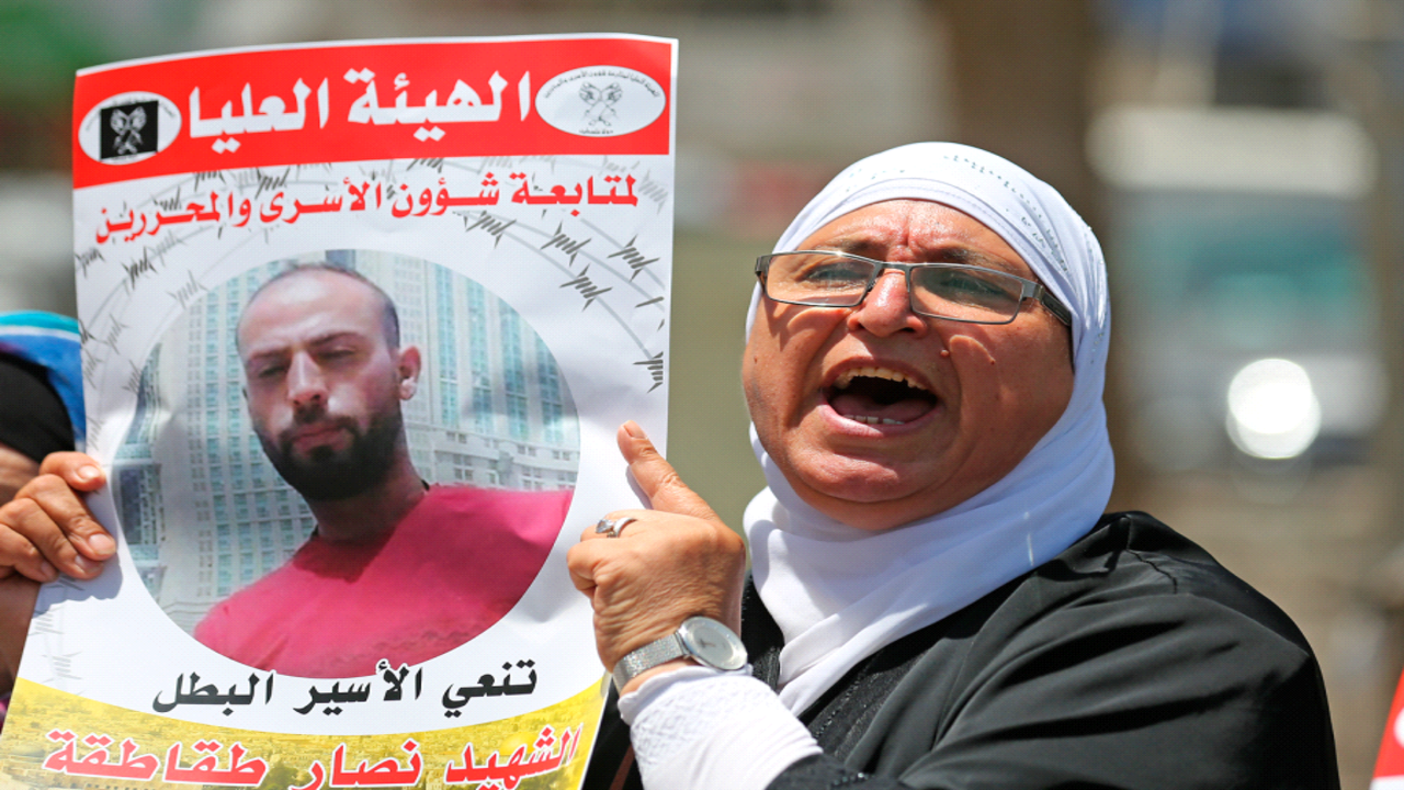 Palestinian detainee died due to torture and neglect in Israeli jail: prisoners' groups