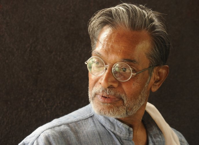 "Indian theater artiste returns award in protest against ""violence in the name of God and religion"""