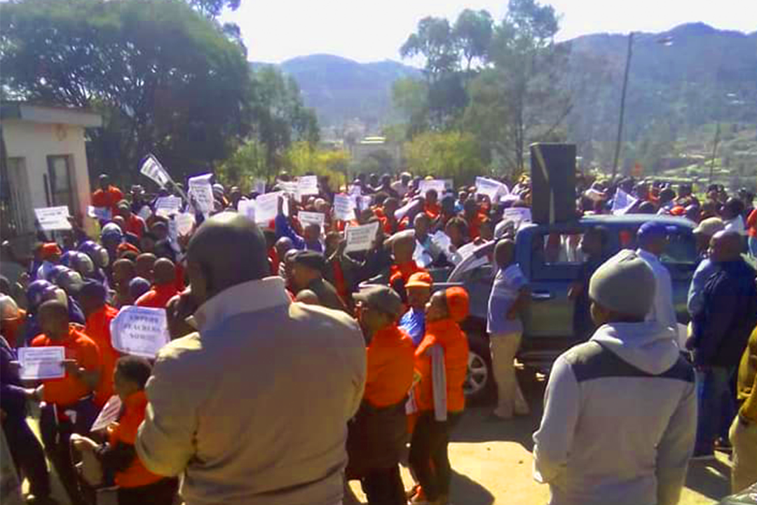 Teachers in Swaziland demand immediate solution to education crisis