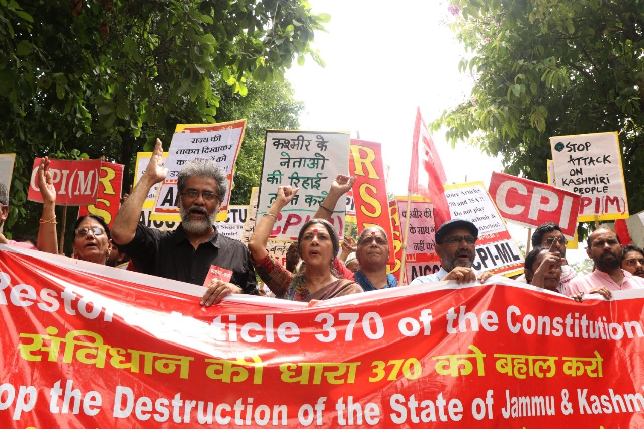 India's left takes to the streets against government's assault on Kashmir