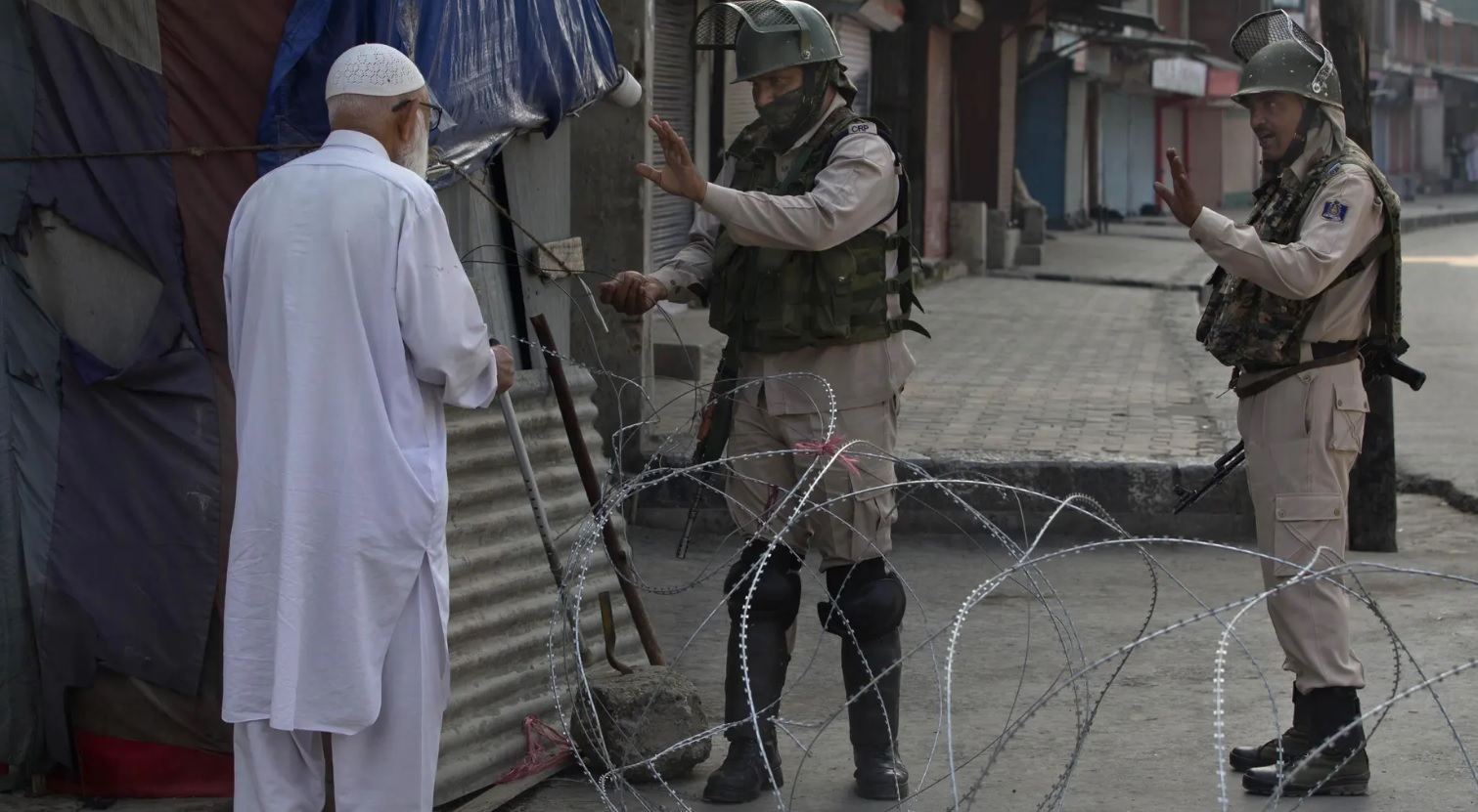 Kashmir siege
