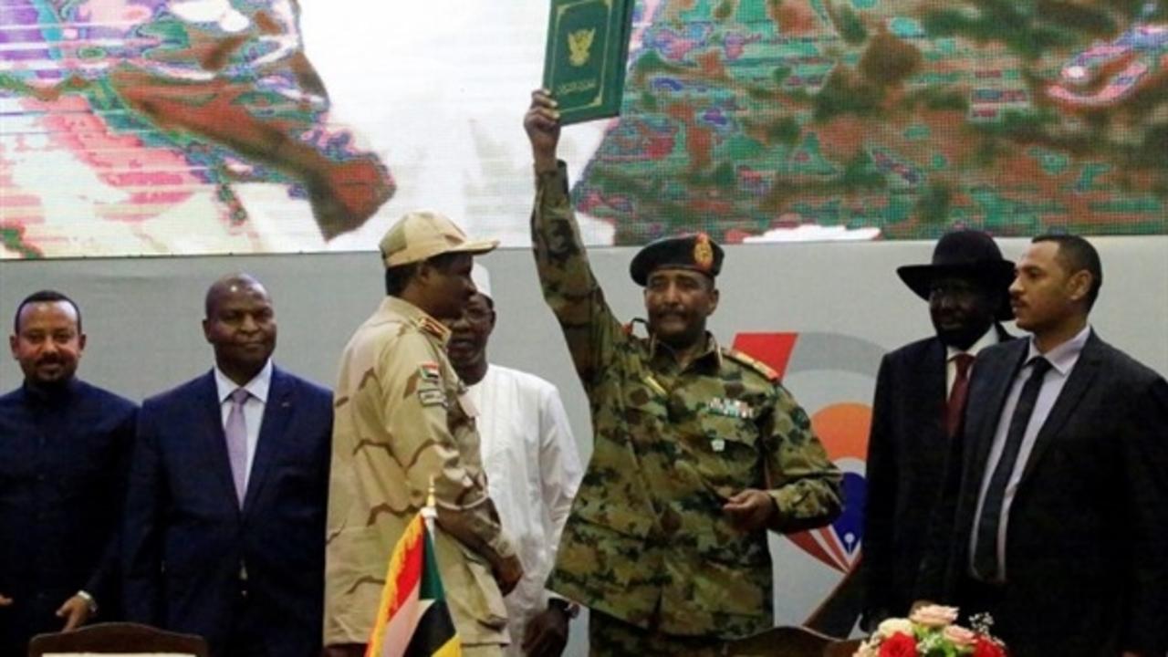sudan-swearing-in