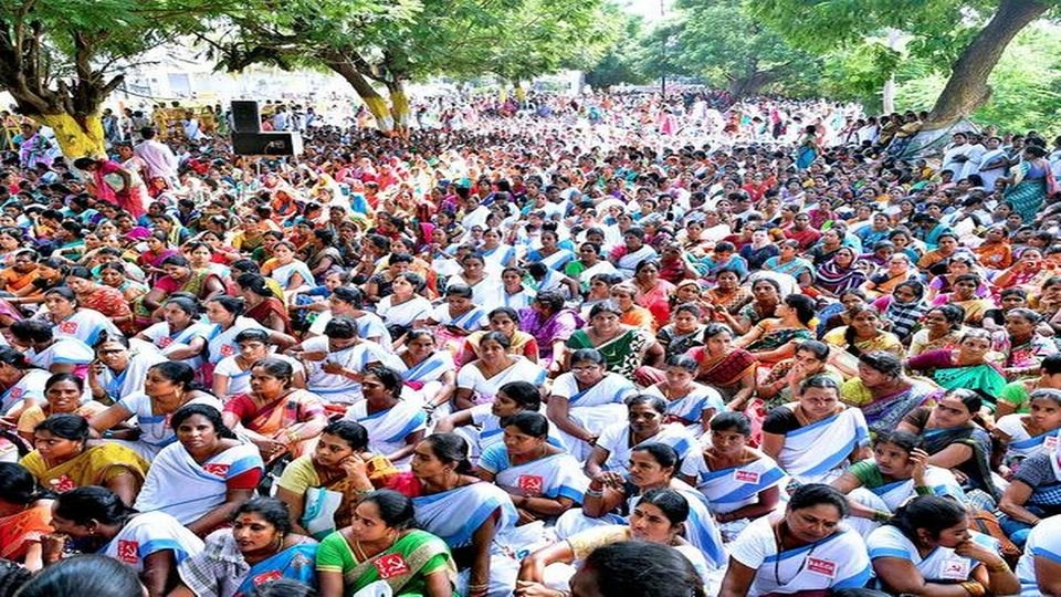 Health workers workers stage day-long protest in India demanding honorarium
