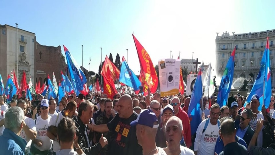 Hundreds march in Rome against sale of Whirlpool plant to Swiss company