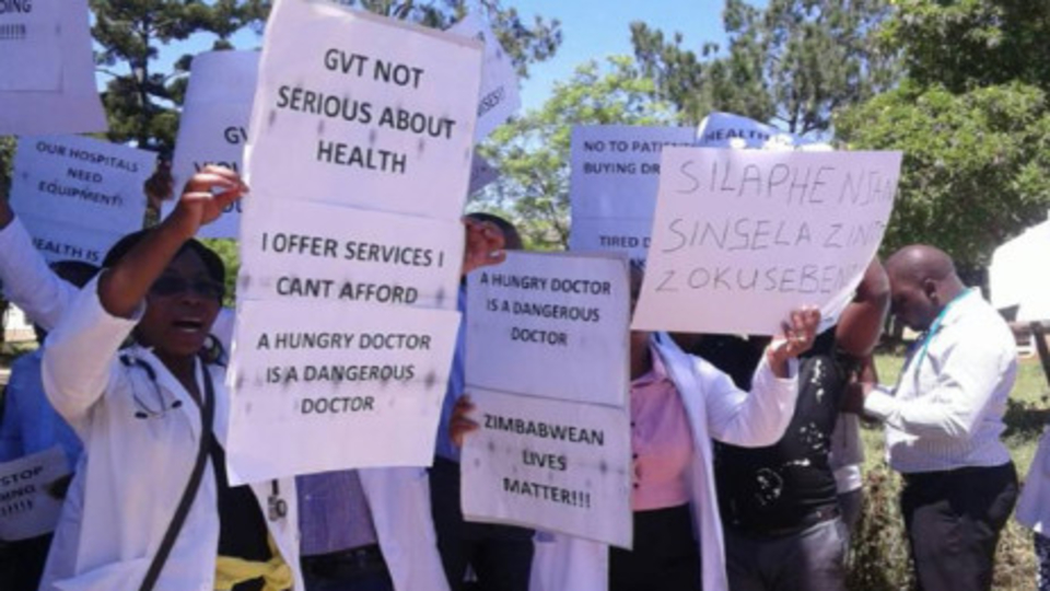 Zimbabwe's doctors defy government diktat, continue strike