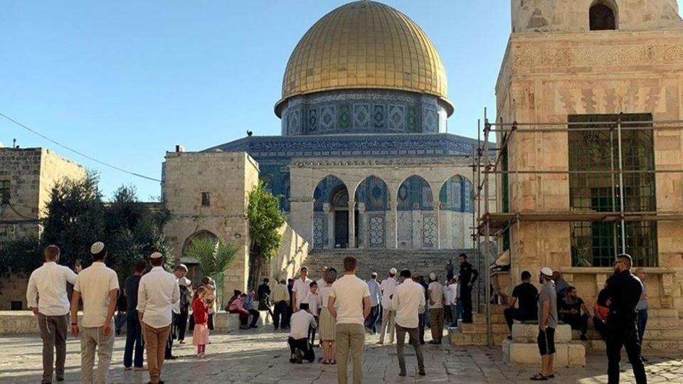 Al-Aqsa stormed