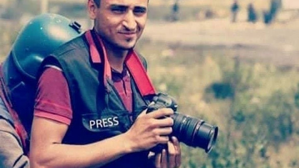Israel detains journalist