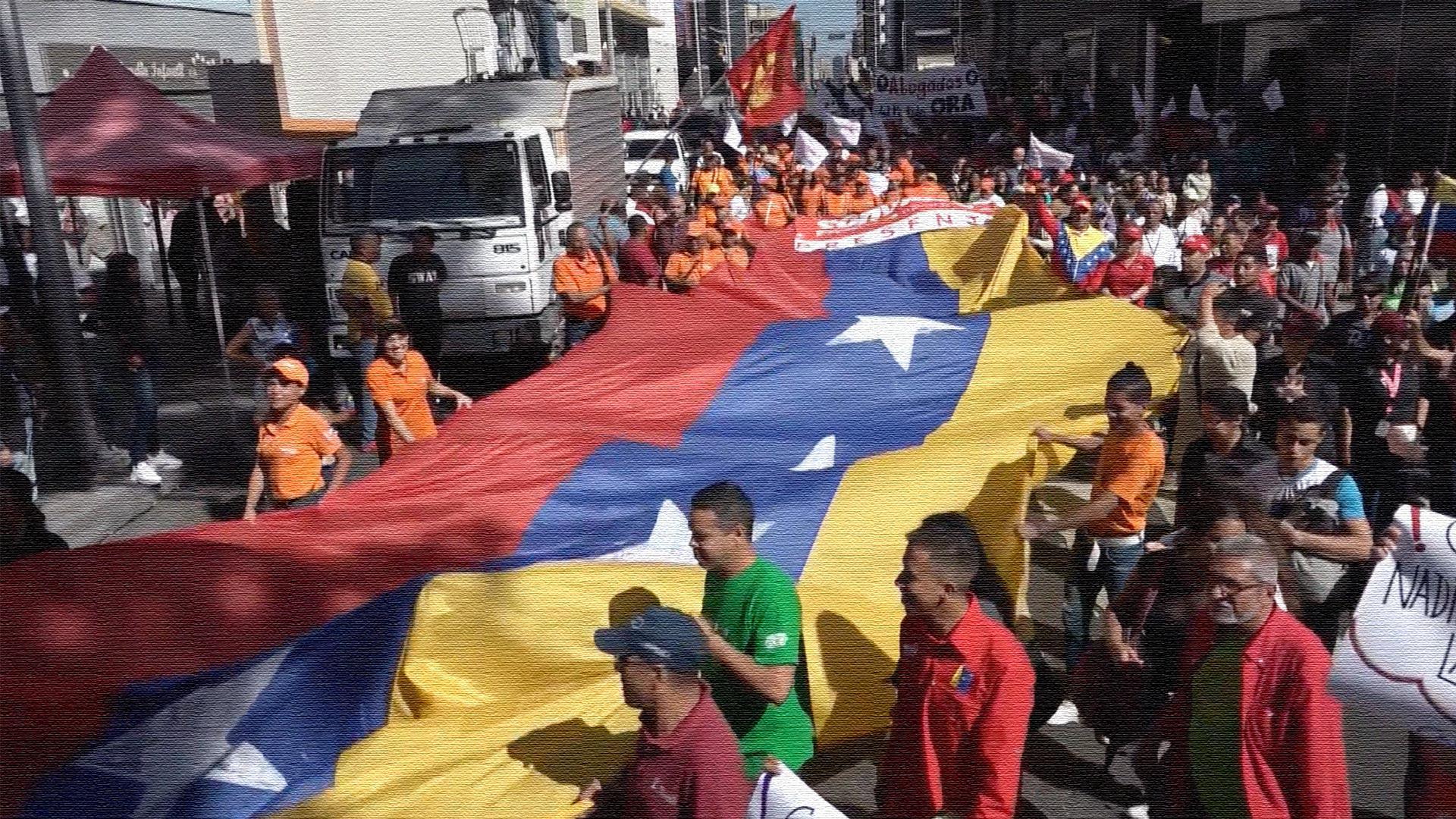 Venezuelans protest against US sanctions on Conviasa airlines_