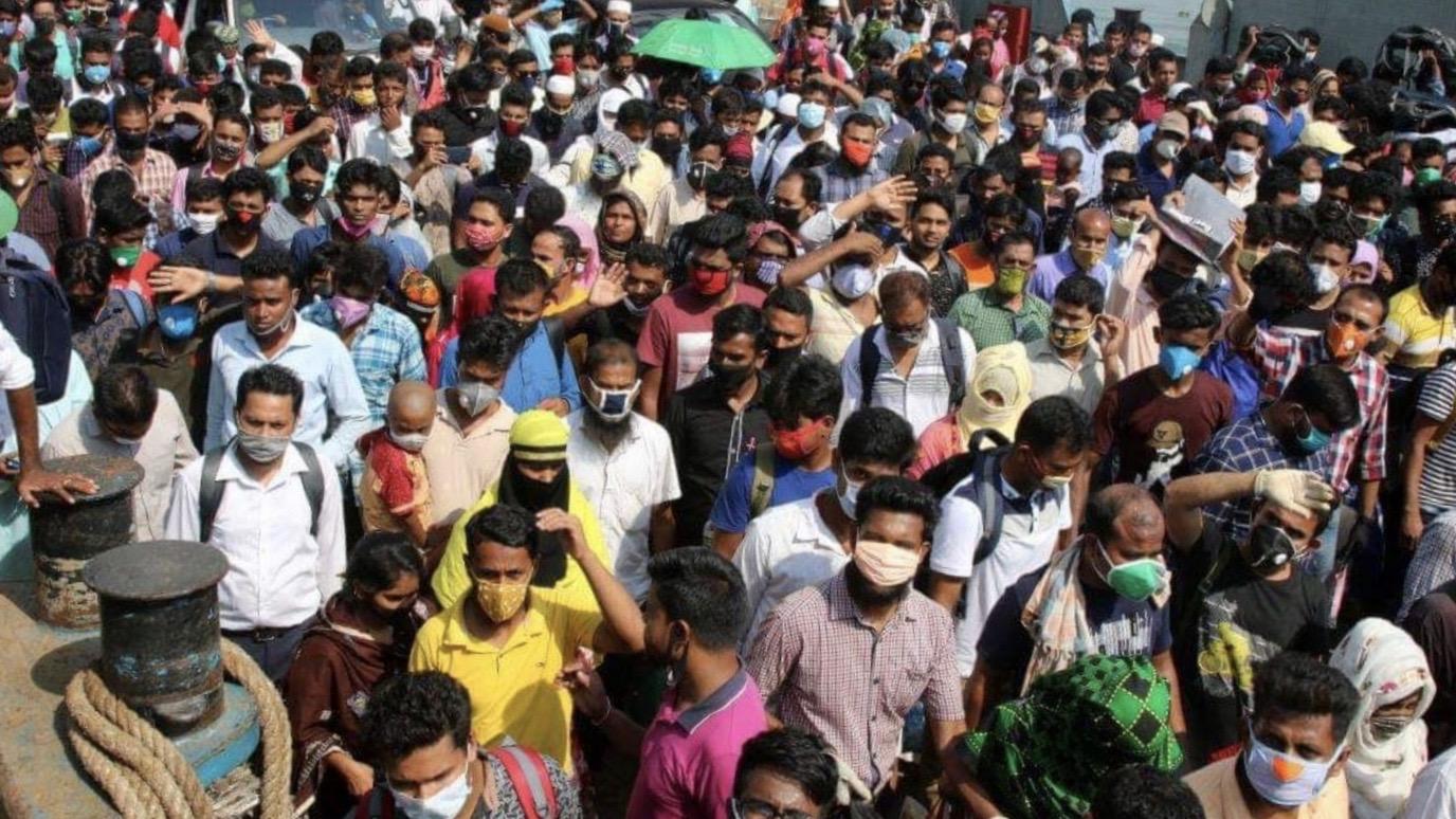 Bangladesh workers die COVID