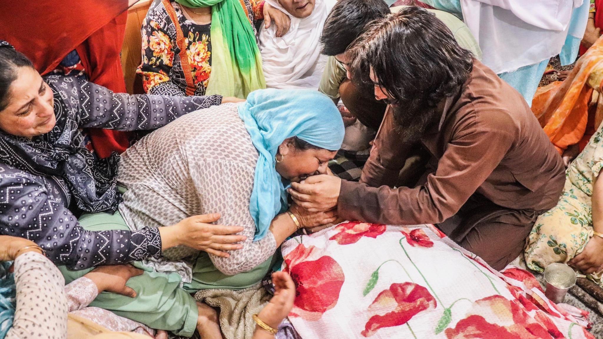 Civilian killed in Kashmir