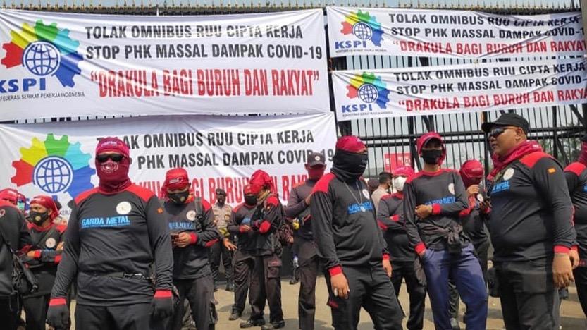 Indonesia Omnibus protests