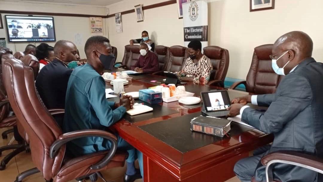 Uganda Bobi Wine resumes campaign