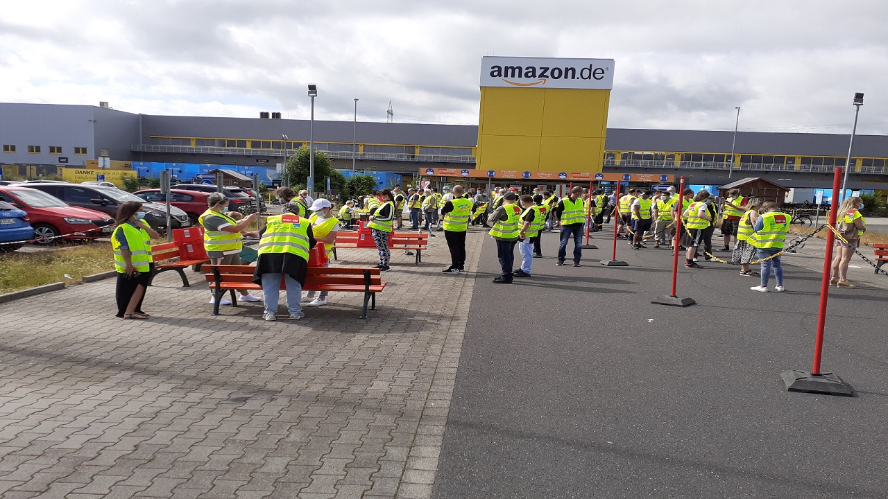 Amazon workers protest - Germany
