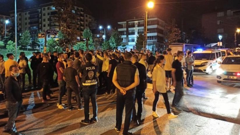 Syrian refugees in Turkey attacked